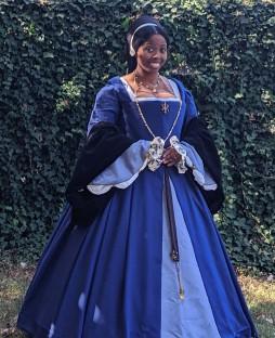 Tudor Courtier